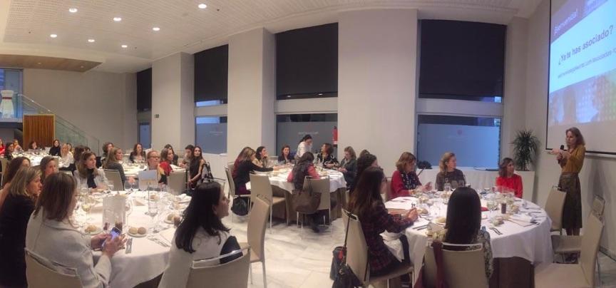 III Encuentro WLW con Gloria Lomana: ¿Cómo hacer liderazgos femeninos potentes?