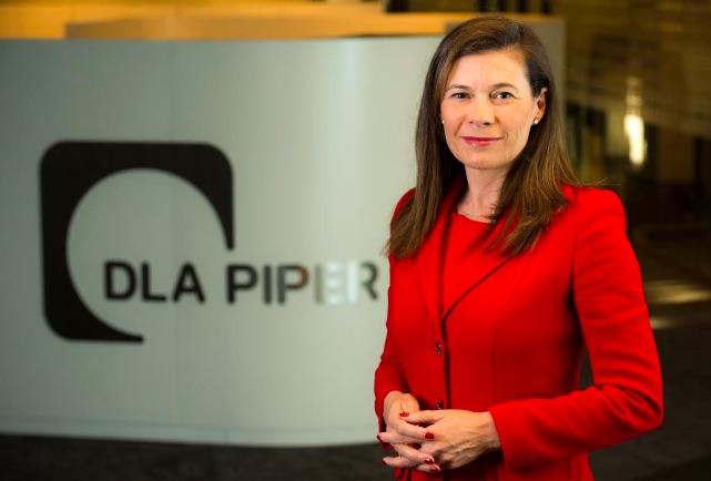 Pilar Menor: «Debemos mostrar que llegar a un puesto de responsabilidad no significa pagar un precio inaceptable»
