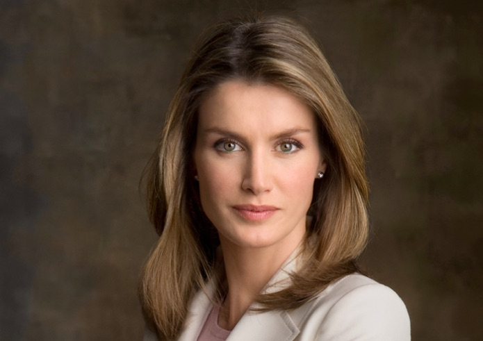 La Reina Letizia acepta la presidencia de honor de los I Premios Women in a Legal World